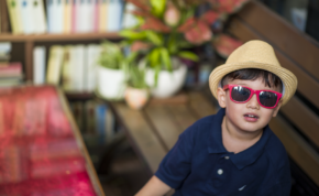 sunglasses-adorable-blur-boy-child-children-1419082-pxhere.com